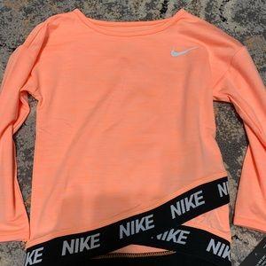 Girls Nike dry fit